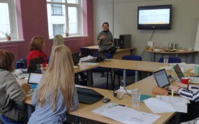 BYMBE: Ayudar a las madres jóvenes a volver a la educación